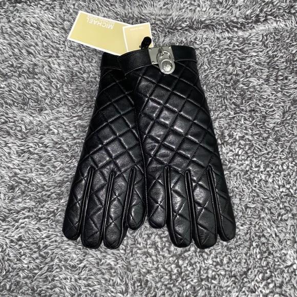 Michael Kors black winter gloves